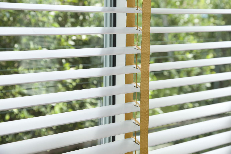 corinas-venecianas-en-madera-de-fabricacion-propia-Cinta516