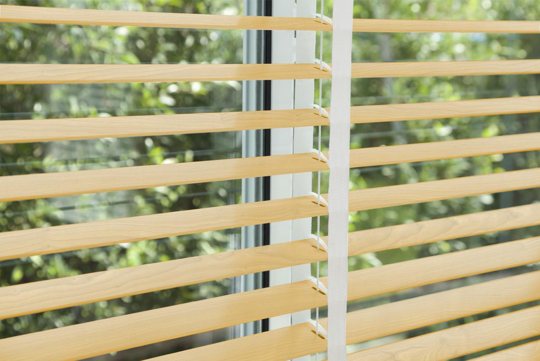corinas-venecianas-en-madera-de-fabricacion-propia-110