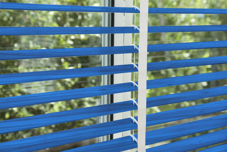 corinas-venecianas-en-madera-de-fabricacion-propia-Blue