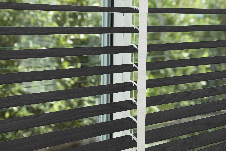 corinas-venecianas-en-madera-de-fabricacion-propia-GreyFlannel